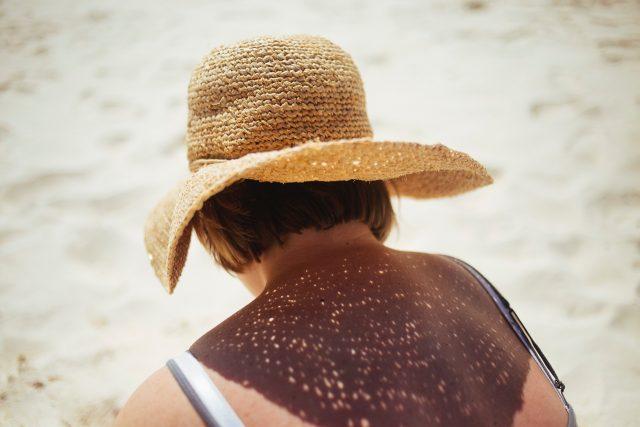 Je fais mes cosmétiques : belle et protégée au soleil